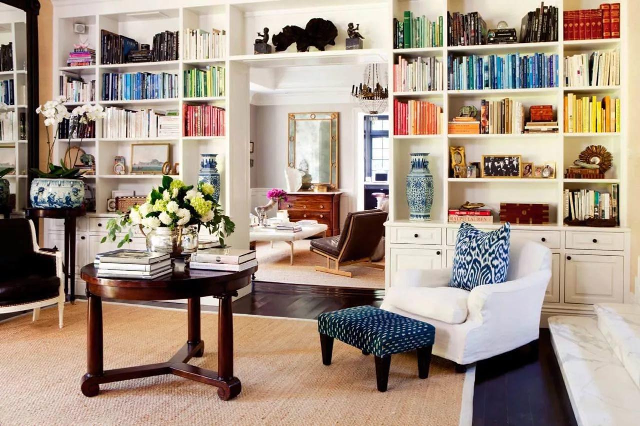 Качественные книжные шкафы в «Центральном Доме мебели»