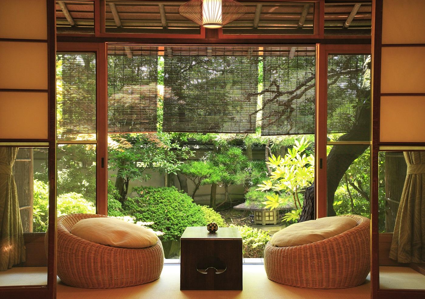 Люстра в японском стиле (21 фото): потолочные модели из дере.