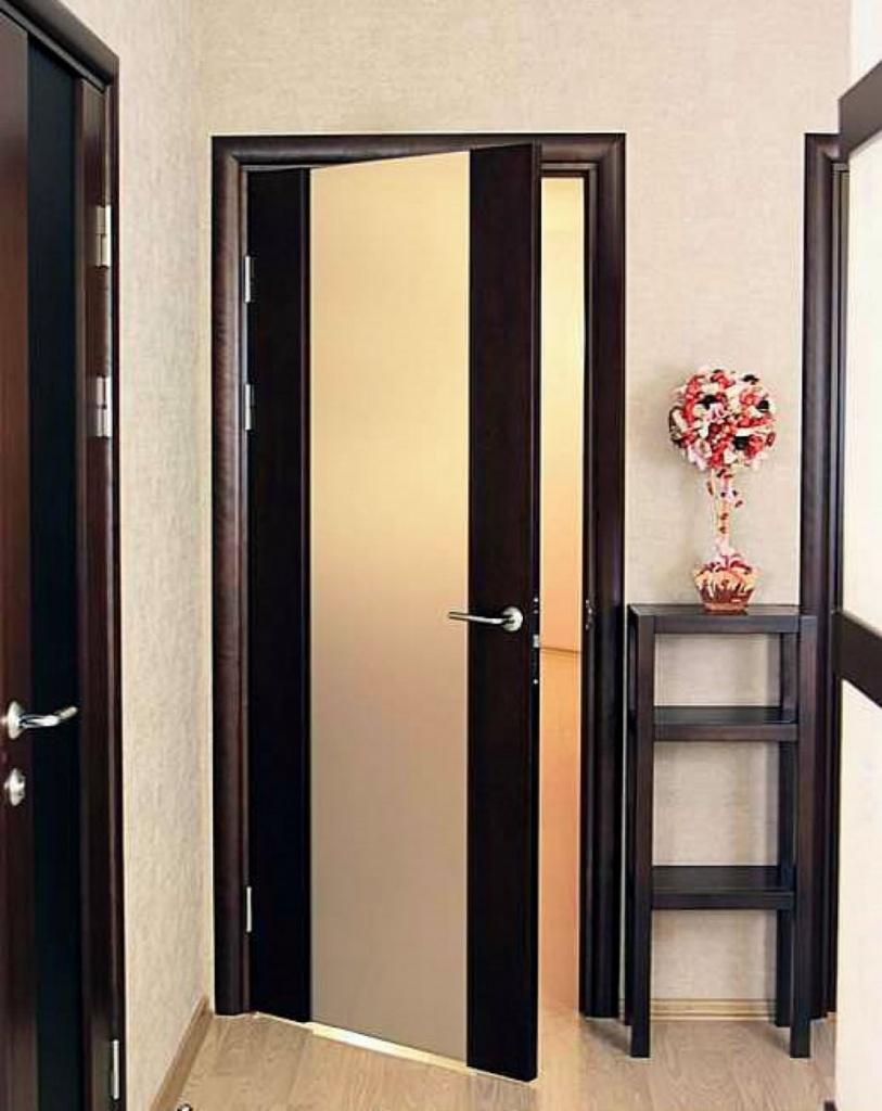 Как подбирать двери по цвету