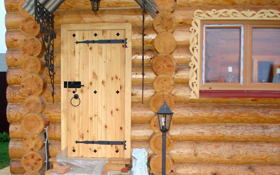 Как сделать двери в срубе 123