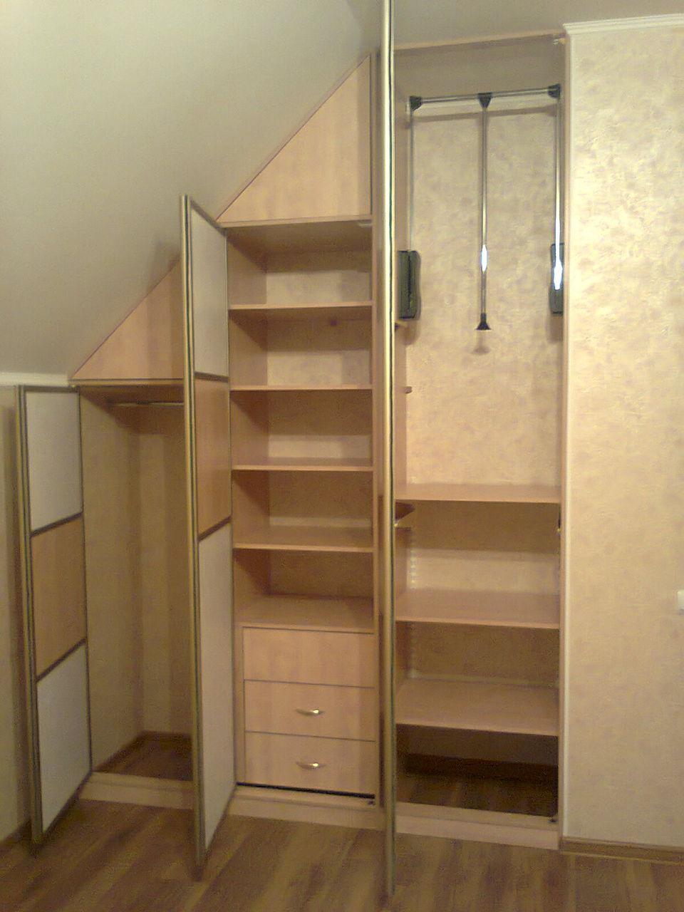 Распашные шкафы (70 фото): выбираем в спальню двухстворчатые.