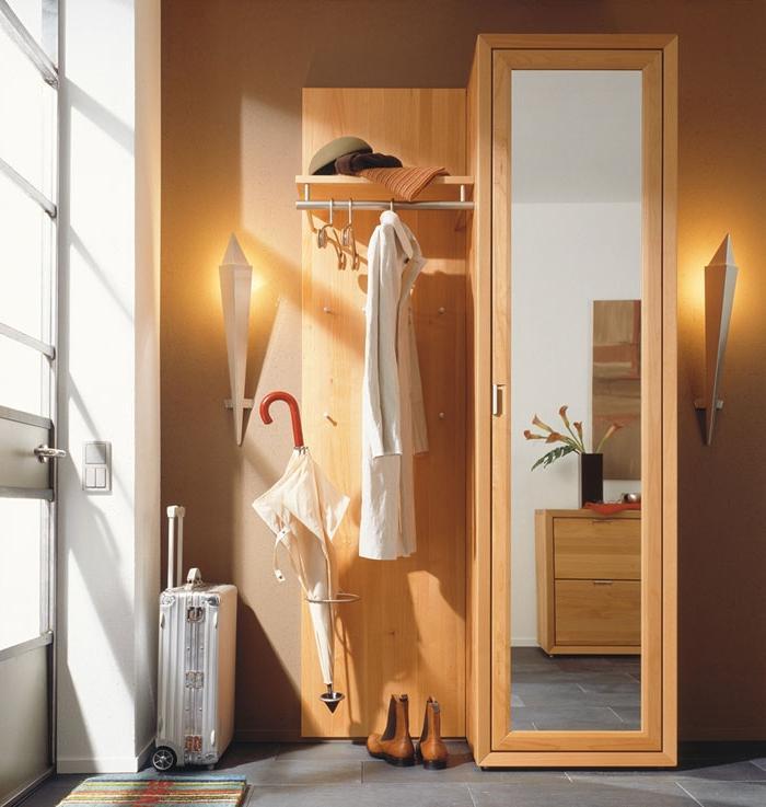 Шкафы в маленькую прихожую (40 фото): малогабаритные вариант.