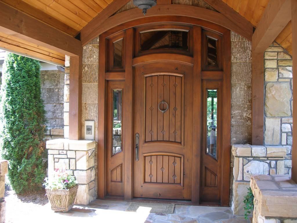 Двери в дом своими руками 72