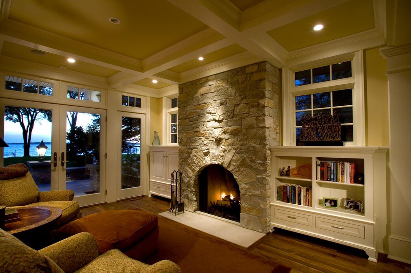 дизайн гостиной с камином в частном доме 67 фото интерьер