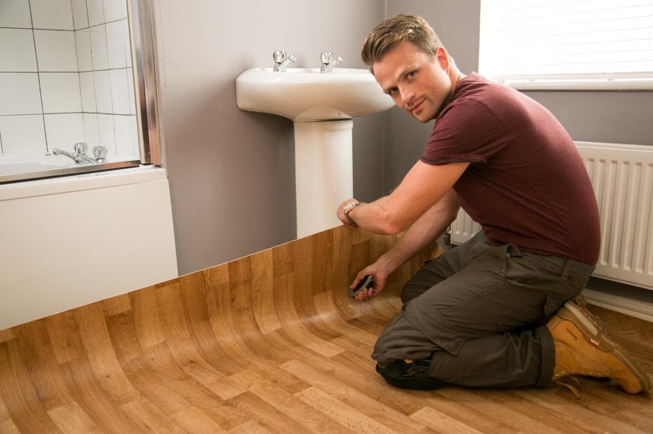 Как правильно стелить линолеум на деревянный пол своими руками?