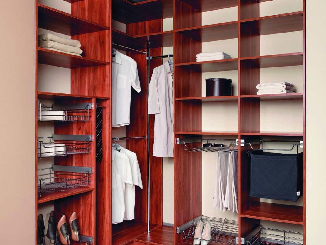 Наполнение угловых шкафов (28 фото): шкаф с ящиками внутри, .
