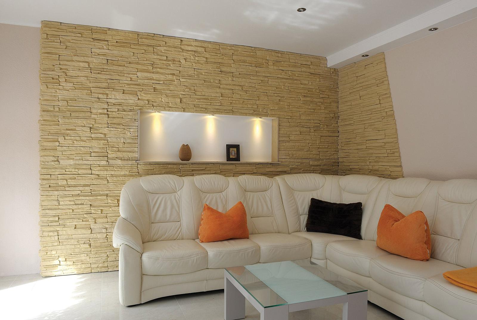 фото декоративного камня в гостиной образом