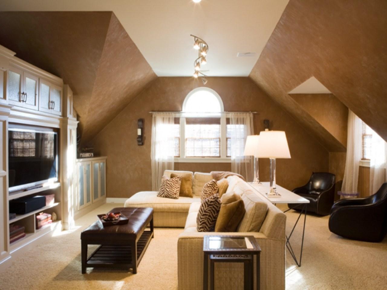 Дизайн чердака с низким потолком фото