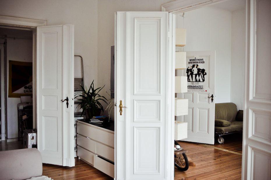 Как ставить коробку межкомнатной двери