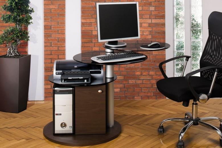 Маленький угловой компьютерный стол (36 фото): малогабаритны.