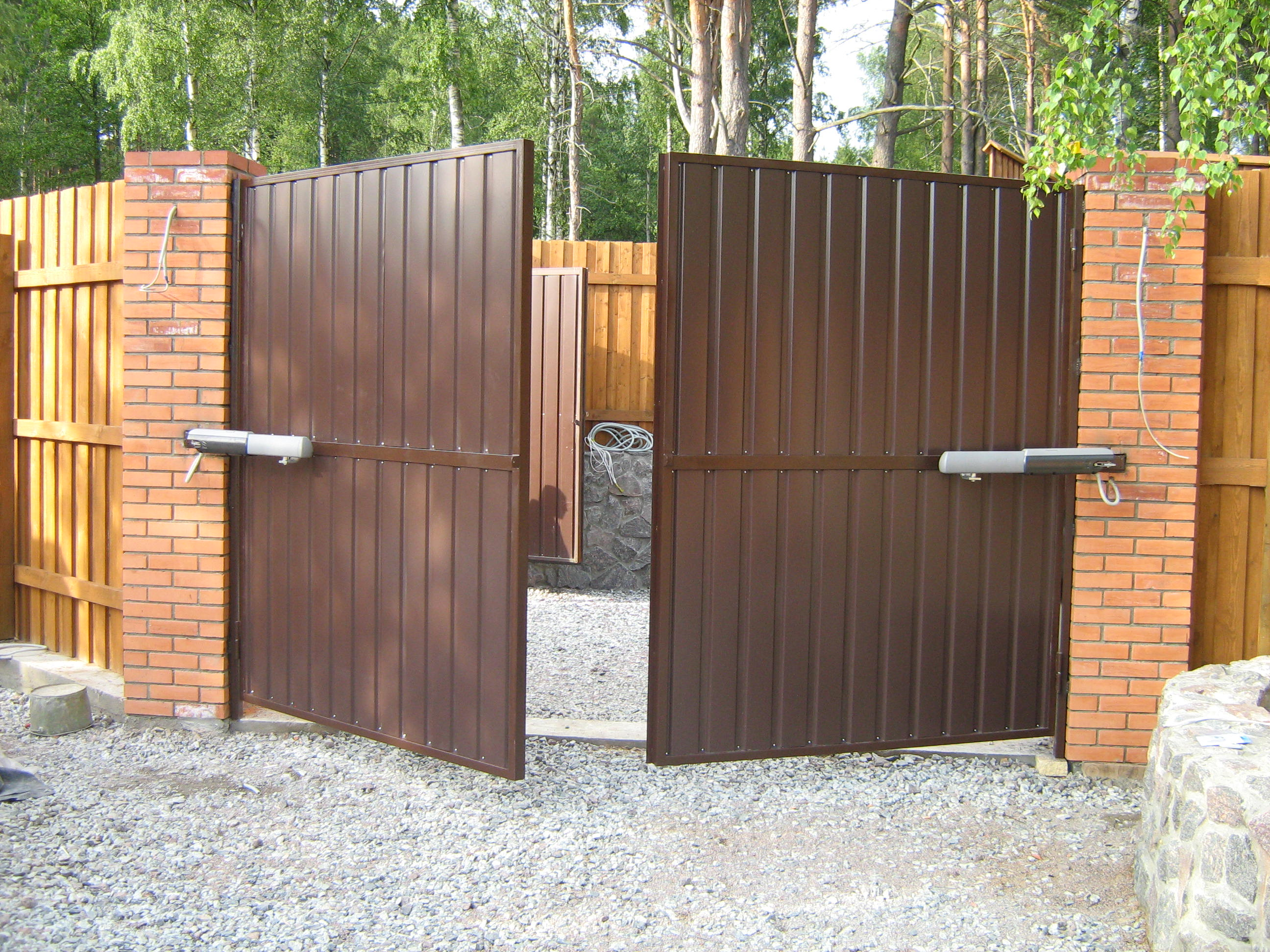 Тёплые металлические ворота своими руками фото 49