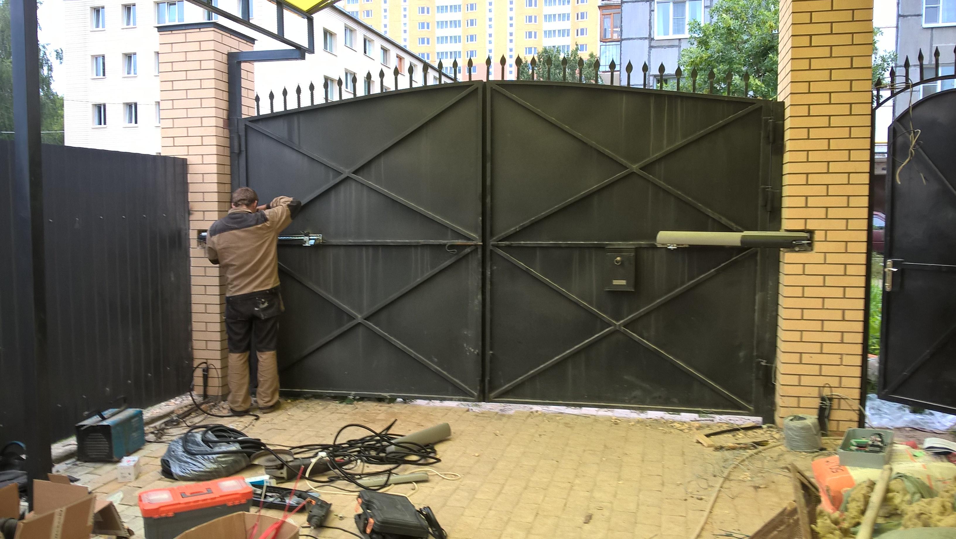 Как сделать ворота с пульта 105