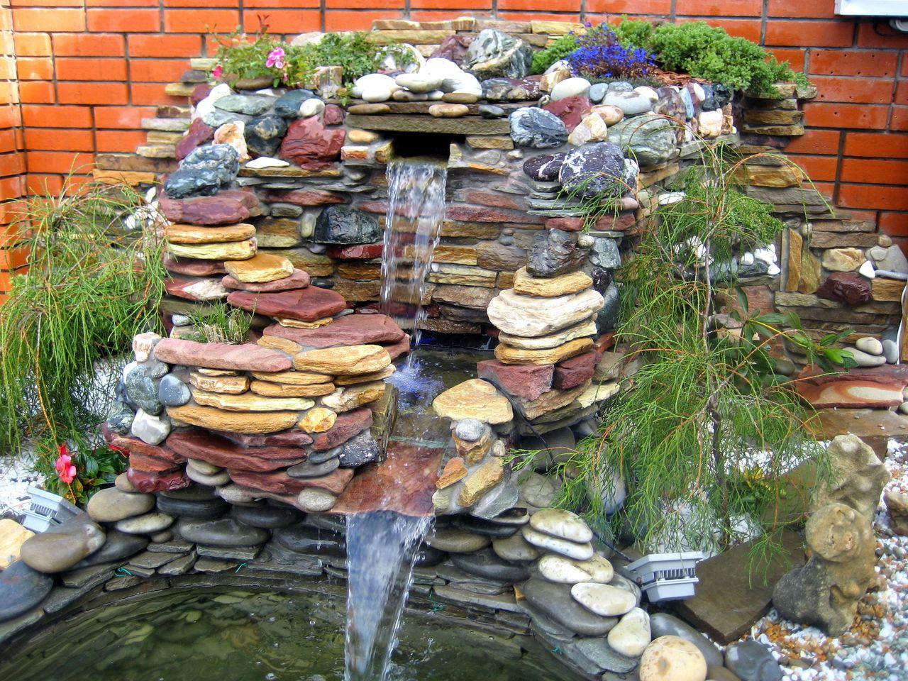 Ручей с фонтаном своими руками 28