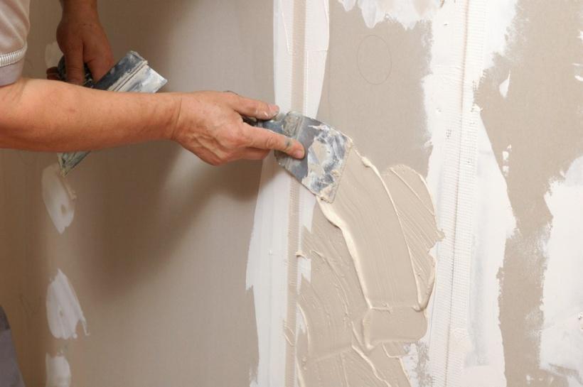 Как шпаклевать стены своими руками финишной шпаклевкой 88