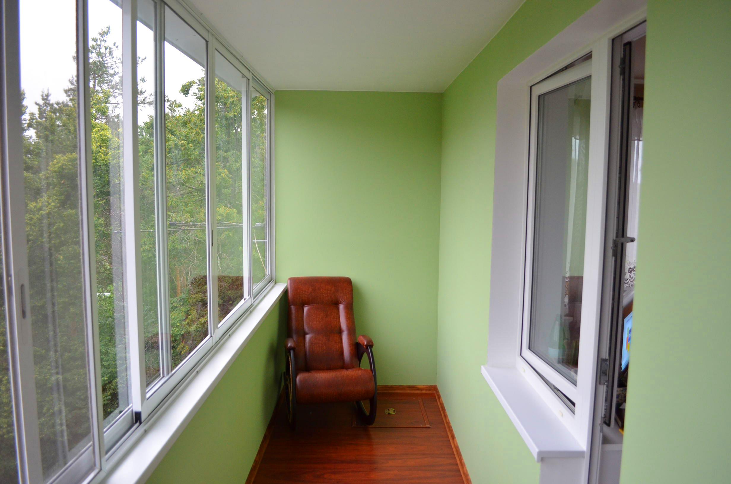 Отделка балкона гипсокартоном (44 фото): можно ли обшить сво.