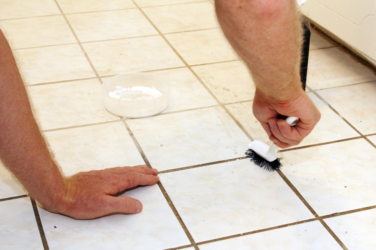 Waxing floor tiles