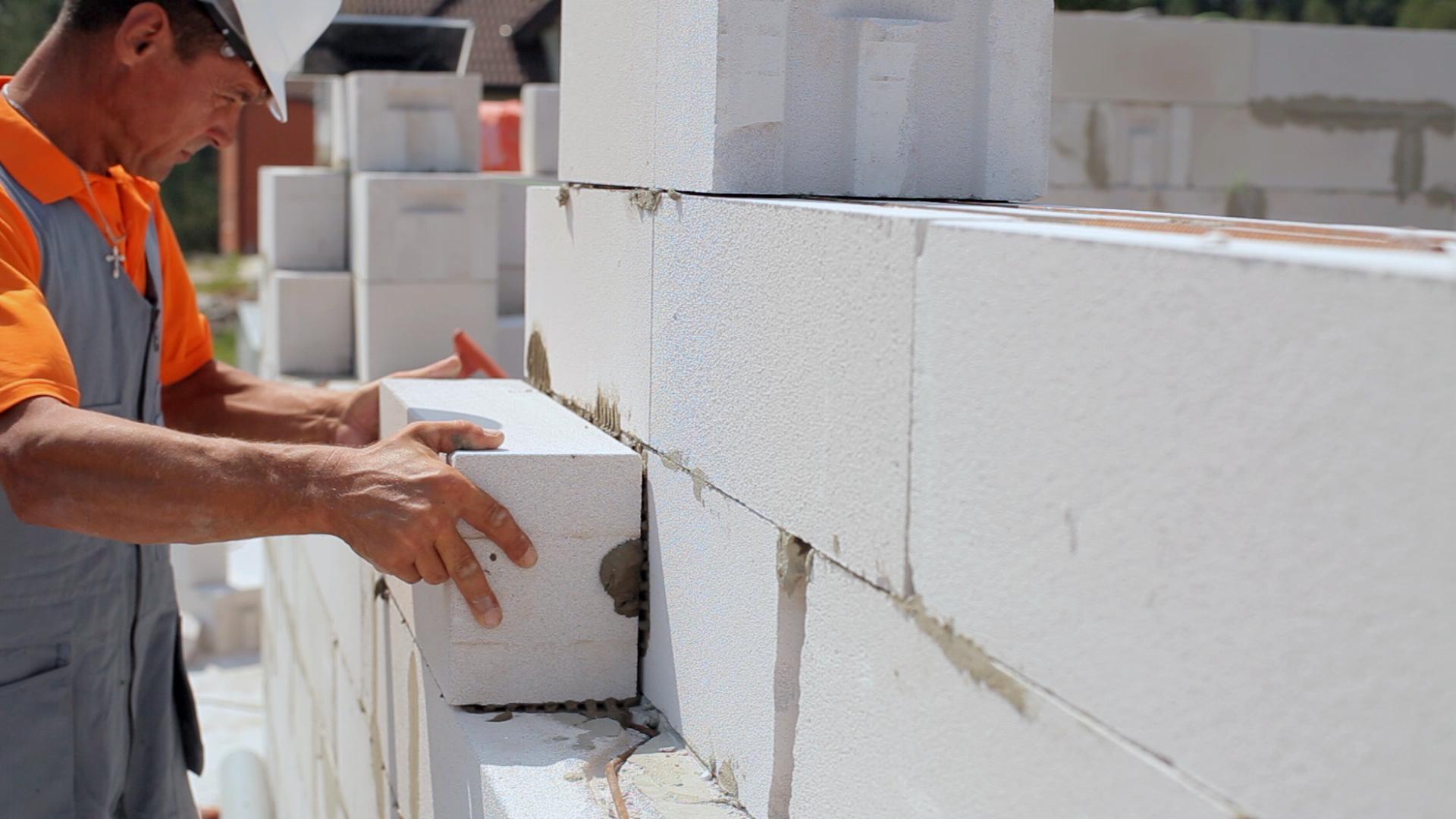 Штукатурка блоков своими руками 13