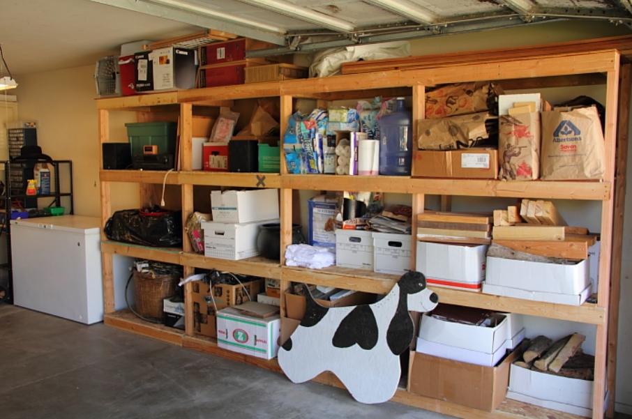 Полки в гараж своими руками варианты фото из дерева 54