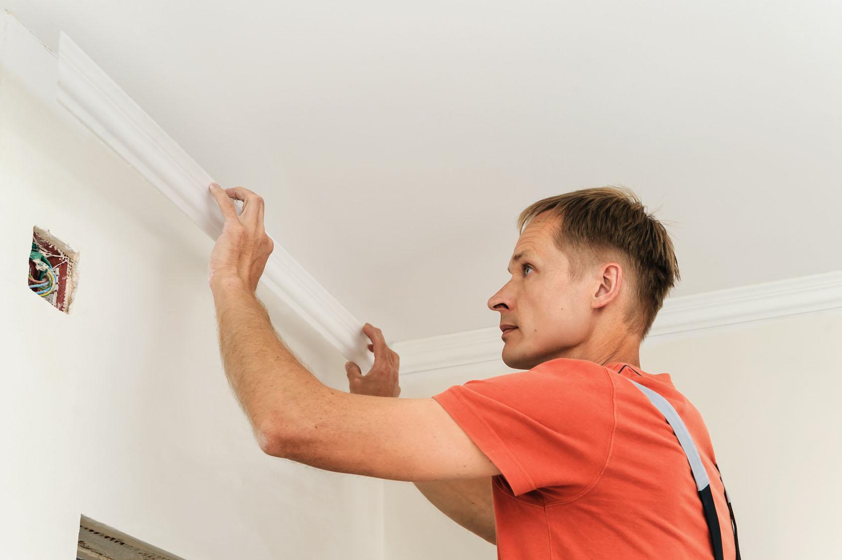 Плинтус на потолок - когда нужен плинтус, что выбрать 46