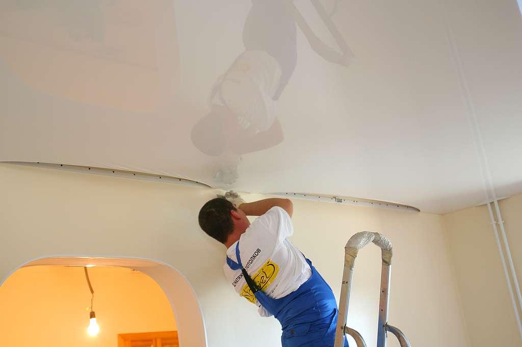 Как сделать натяжной потолки 69