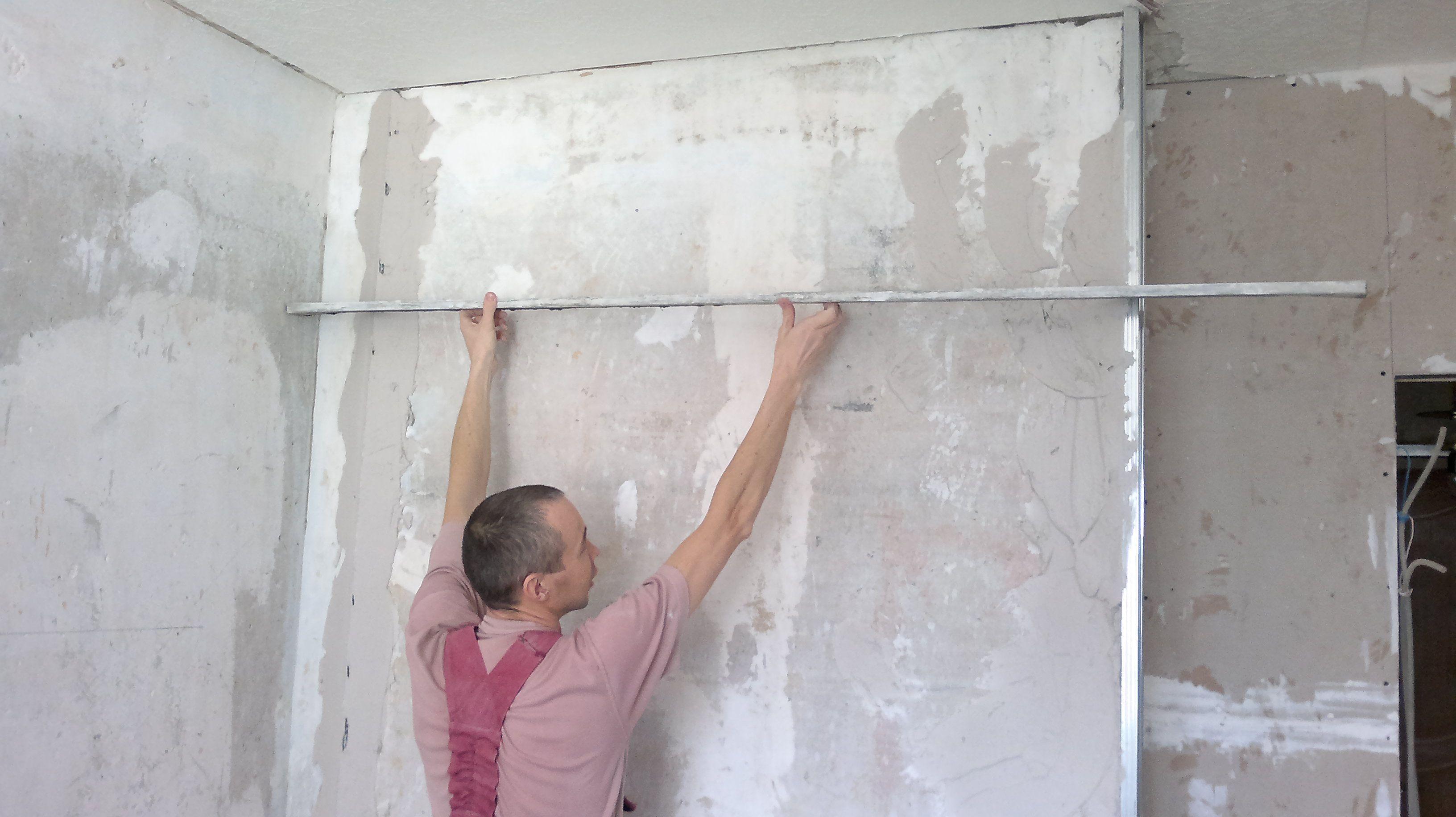 Выравнивание стены штукатуркой своими руками 248