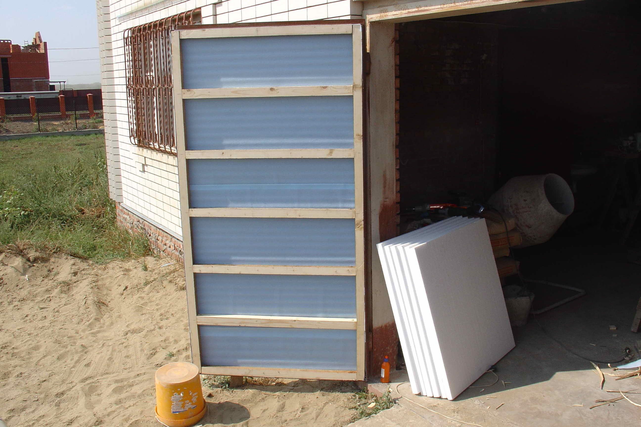 Утепляем металлический гараж своими руками