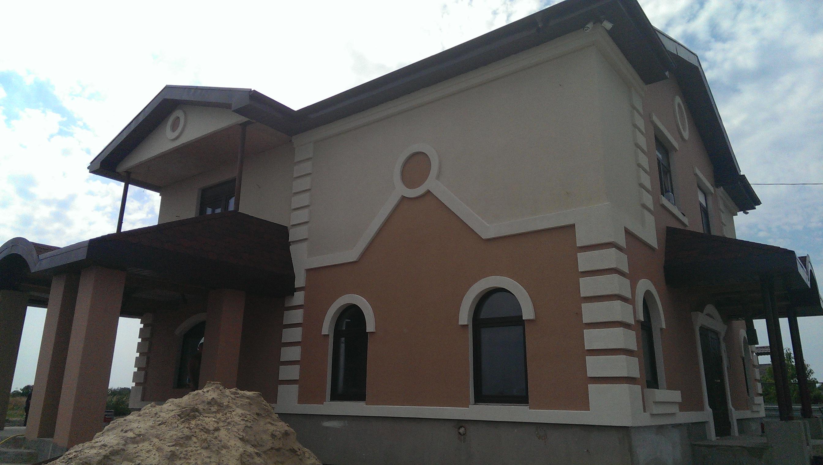 Декоративный искусственный камень в отделке фасадов