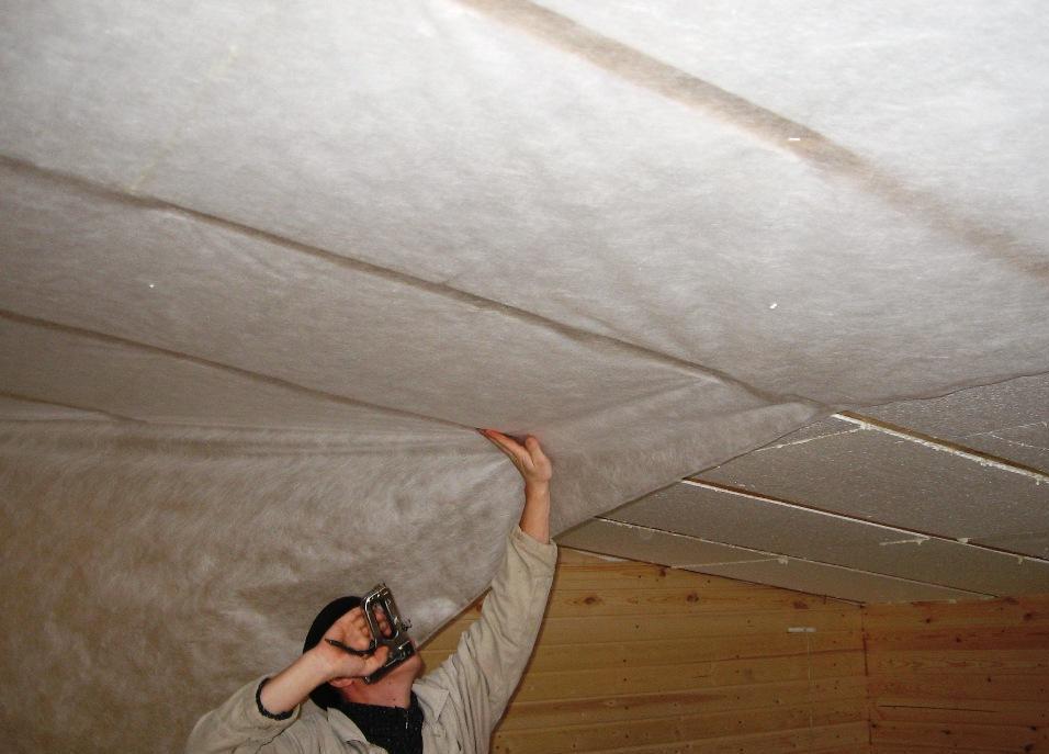 Утеплить деревянный потолок пенопластом своими руками 77