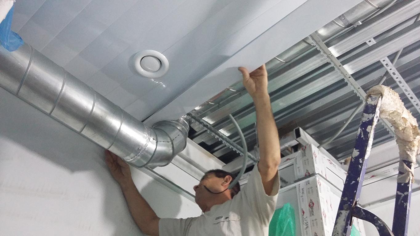 Алюминиевый подвесной потолок своими руками 986