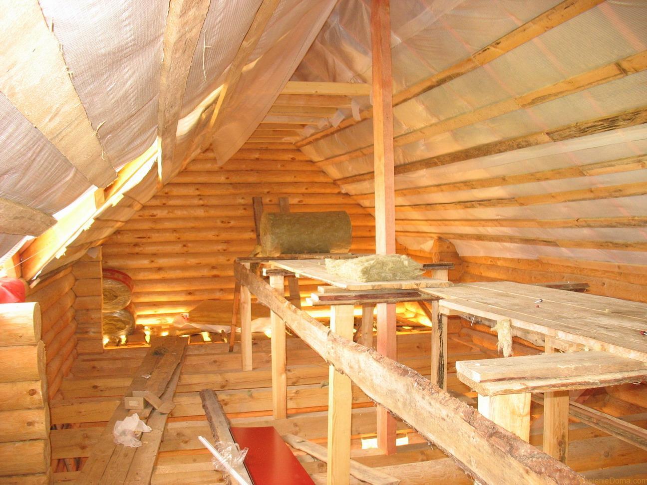 Мансарда и крыша деревянного дома своими руками
