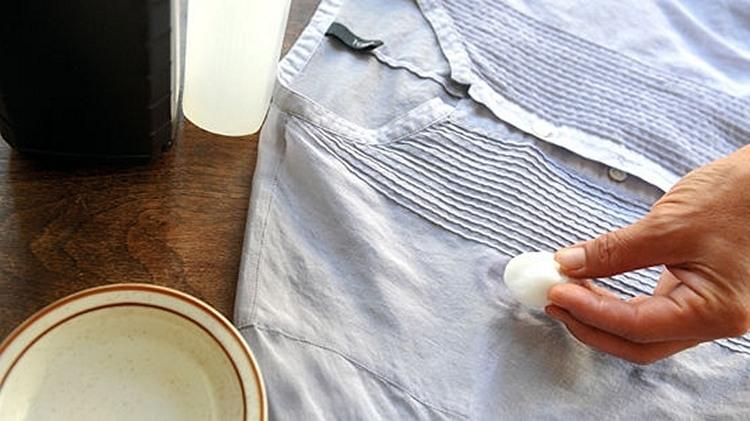 Как вывести старое пятно от краски на брюках фото