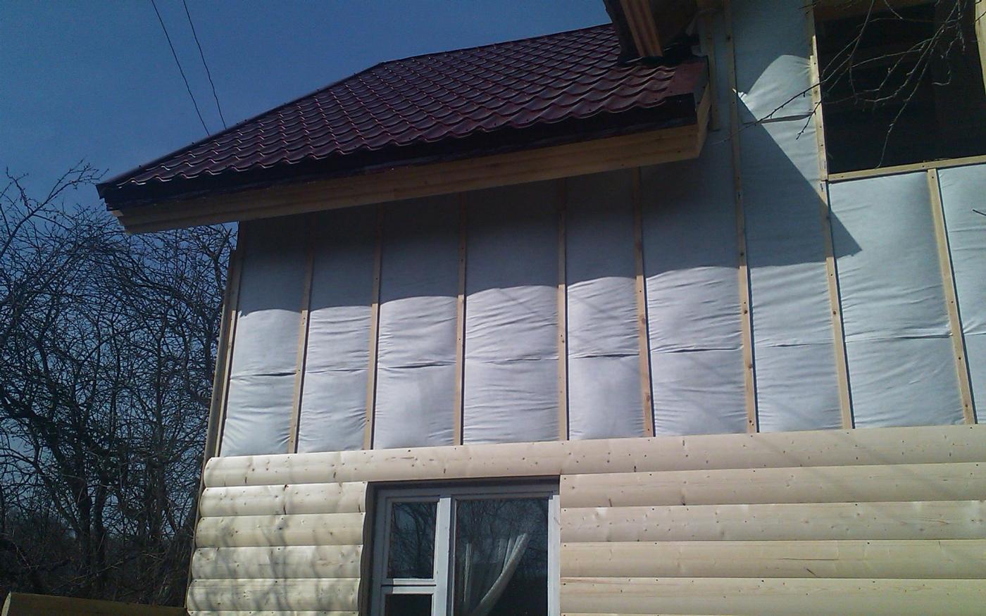 Утепление деревянного дома под сайдинг – выбираем материал и технологию его монтажа
