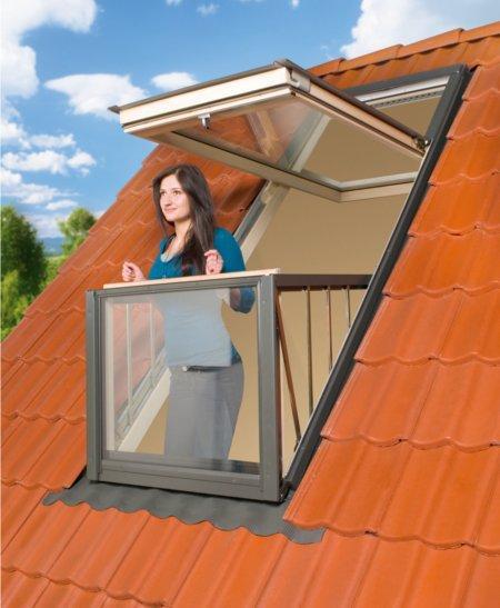 Как сделать балкон на мансардной крыше 800