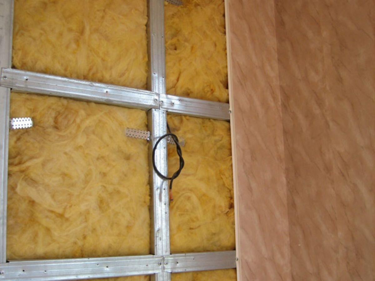 Потолок из пластиковых панелей: как 88