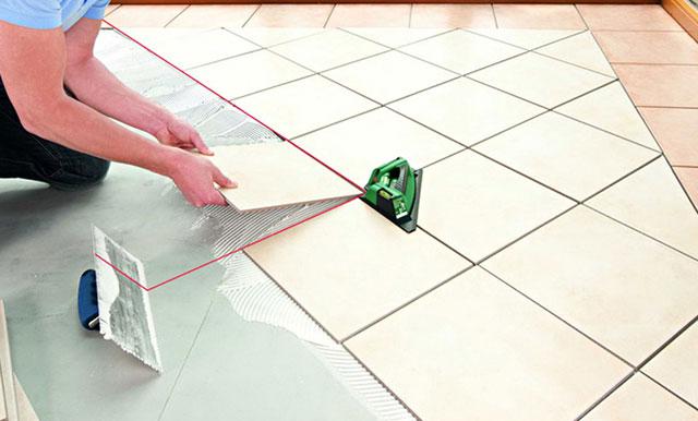 Как положить плитку по диагонали на пол своими руками 137