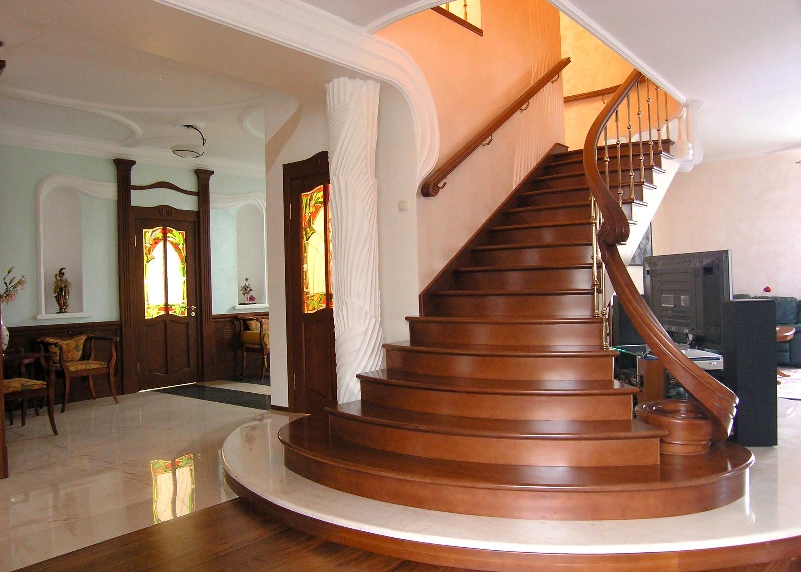 Какой Должна Быть Высота Перил на Лестнице: Нормативы