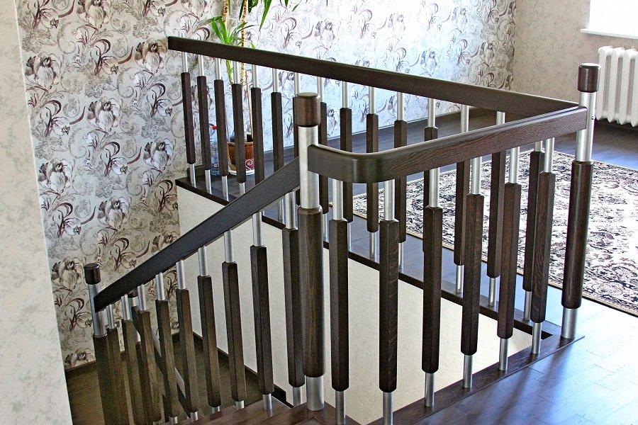 Перила для лестницы: виды, расчет ограждений, фото и видео