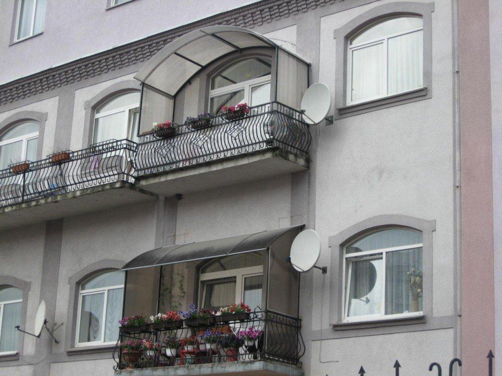 Как своими руками сделать козырек на балконе фото 14