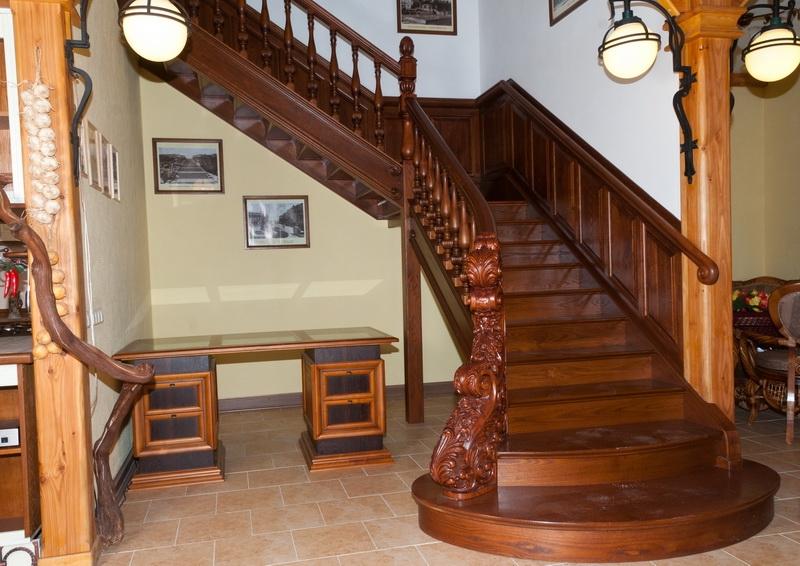 Купить балясины для лестниц в Санкт-Петербурге