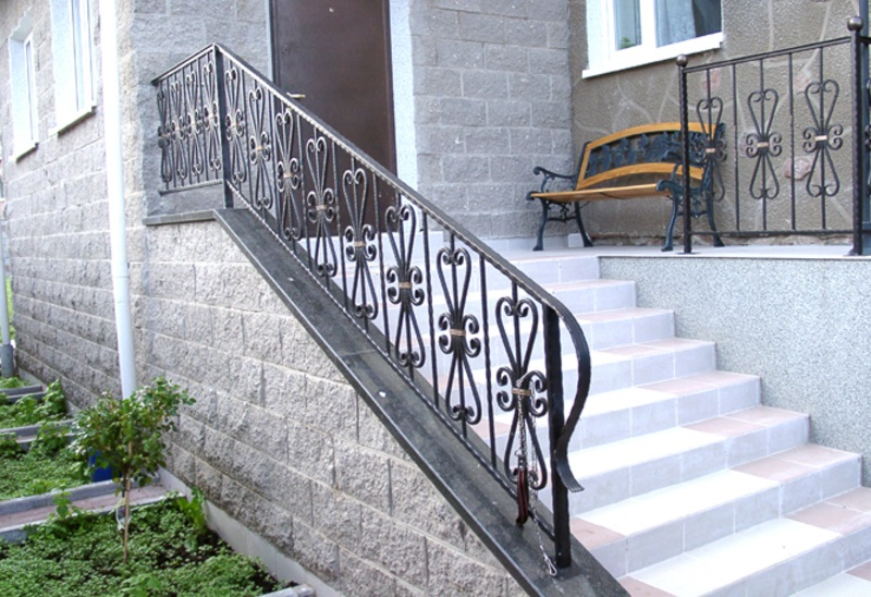 Как Покрасить Лестницу В Доме Фото