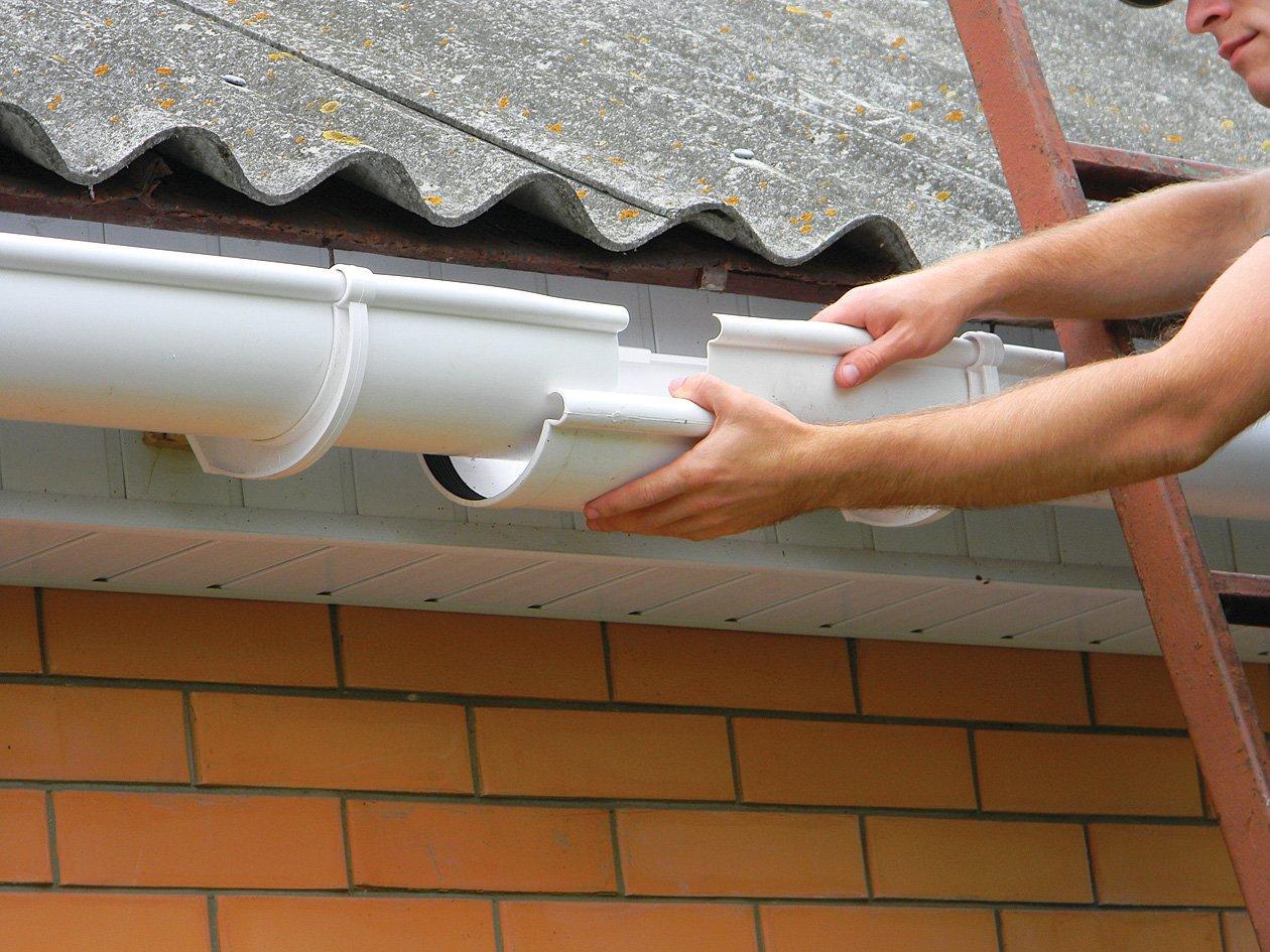 Водостоки для крыши своими руками: как сделать водосточную 54