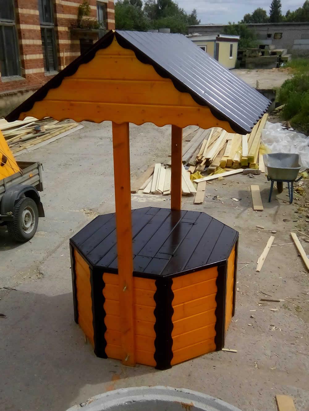 Крыша для колодца