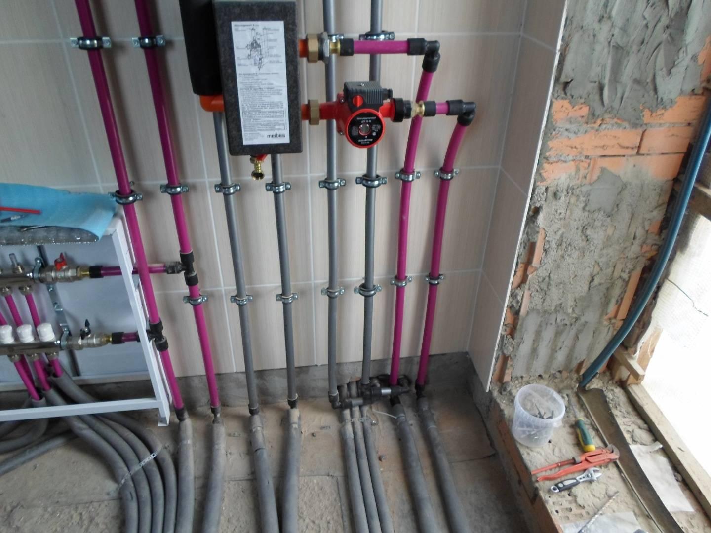 Монтаж труб водоснабжения из сшитого полиэтилена фото 858