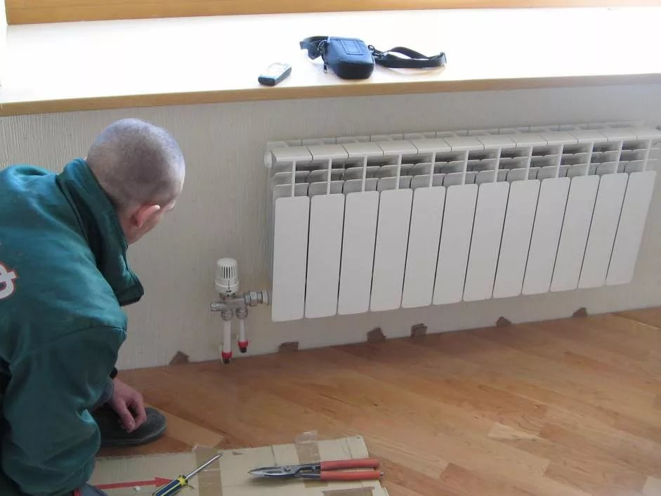 Установка радиаторов в частном доме своими руками 47