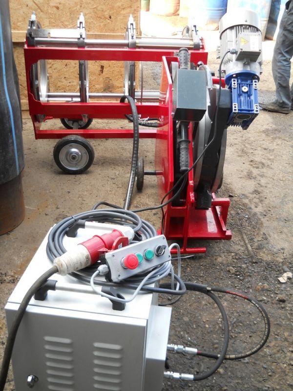 Аппарат для стыковой сварки полиэтиленовых труб
