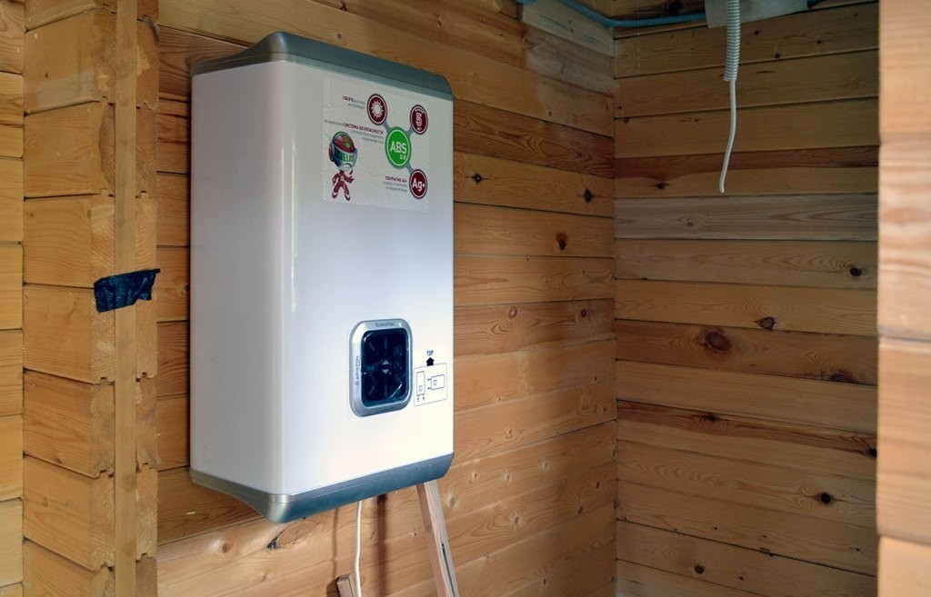 Накопительный водонагреватель для дачи — как подобрать подходящую модель: требования, виды, монтаж
