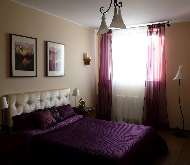 Какие цвета сочетаются с фиолетовым для штор
