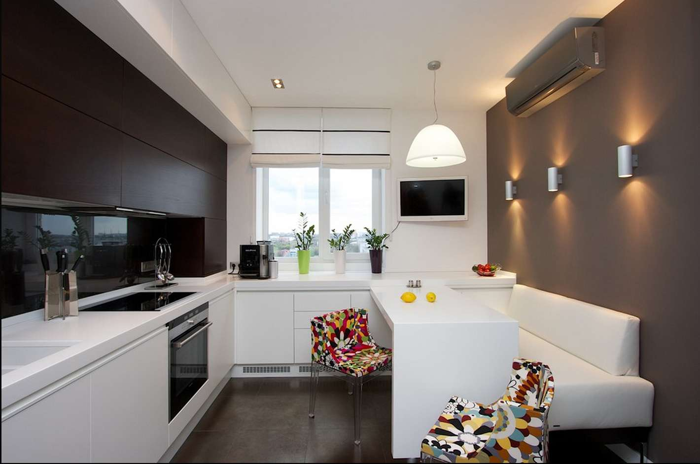 выберите дизайн кухни прямоугольной в картинках агентство, которое