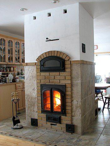Дизайн кухни с печкой в частном доме: ремонт и интерьер в деревенском стиле
