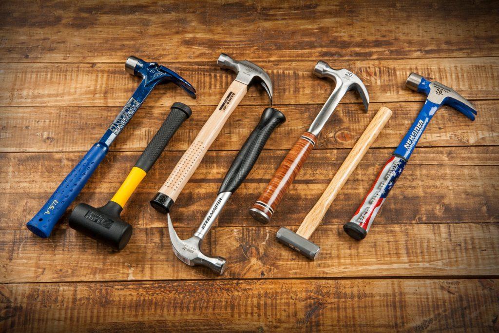 Слесарный молоток. Как выбрать нужный инструмент?
